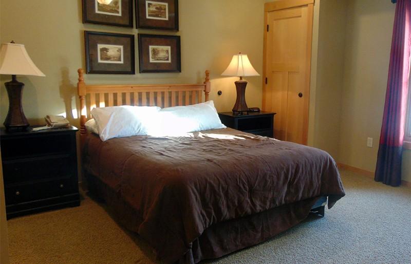 elm-guest-bed